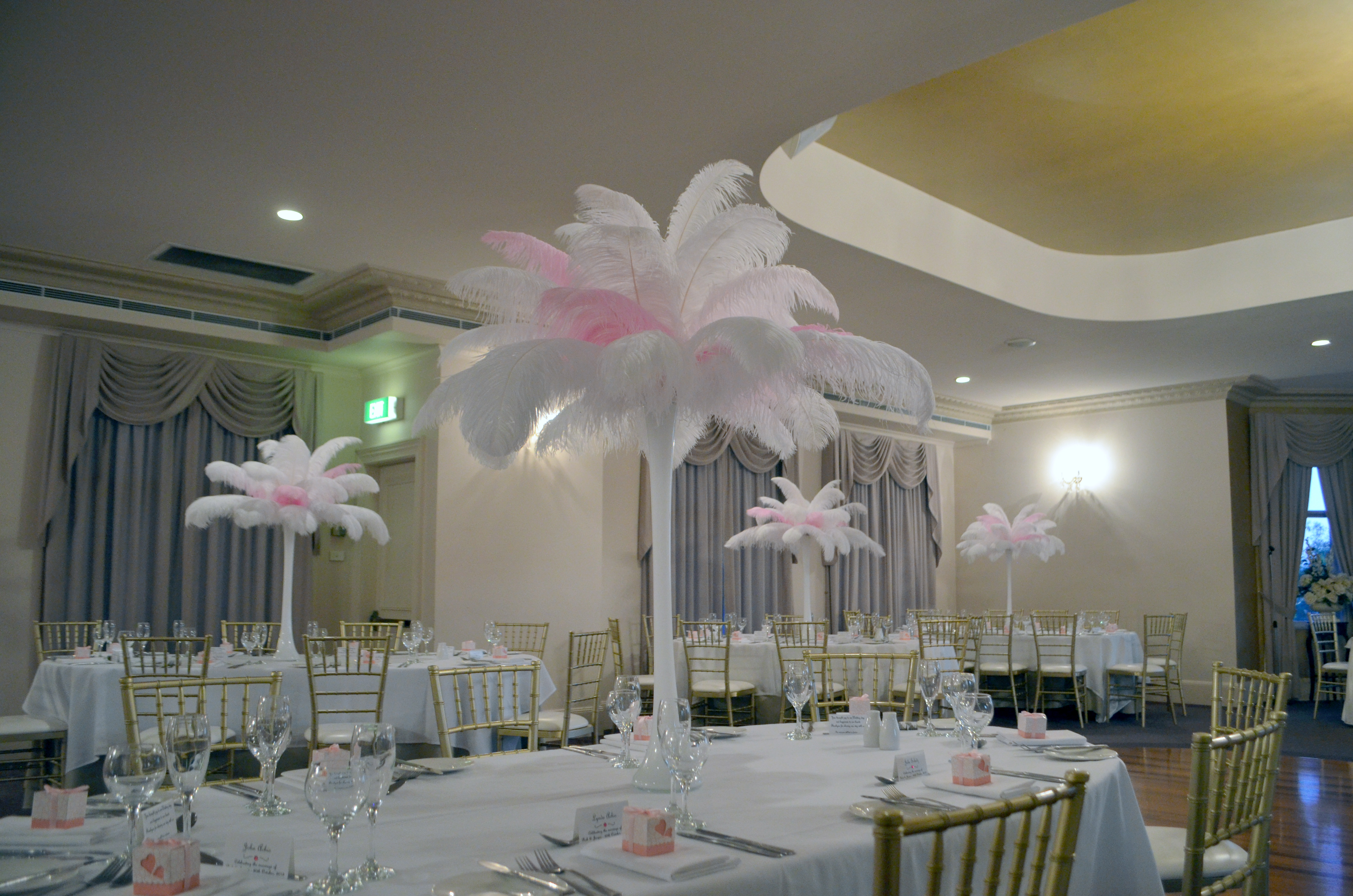White and Light Pink Ostrich Feathers in White 70cm Tower Vase